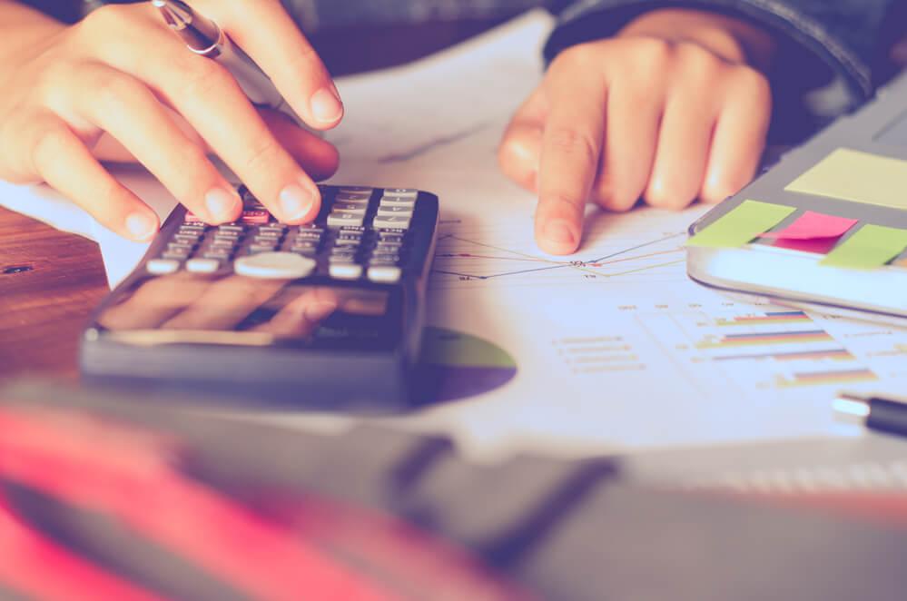 Entenda as diferenças entre custos e despesas em um negócio