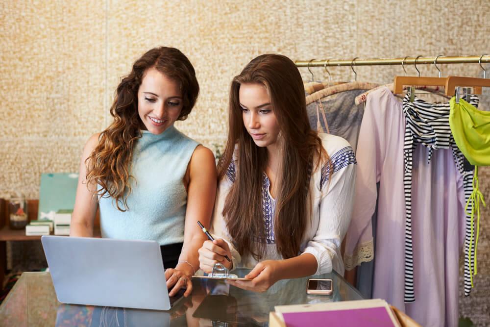 o-guia-completo-de-como-melhorar-as-vendas-e-treinar-os-vendedores